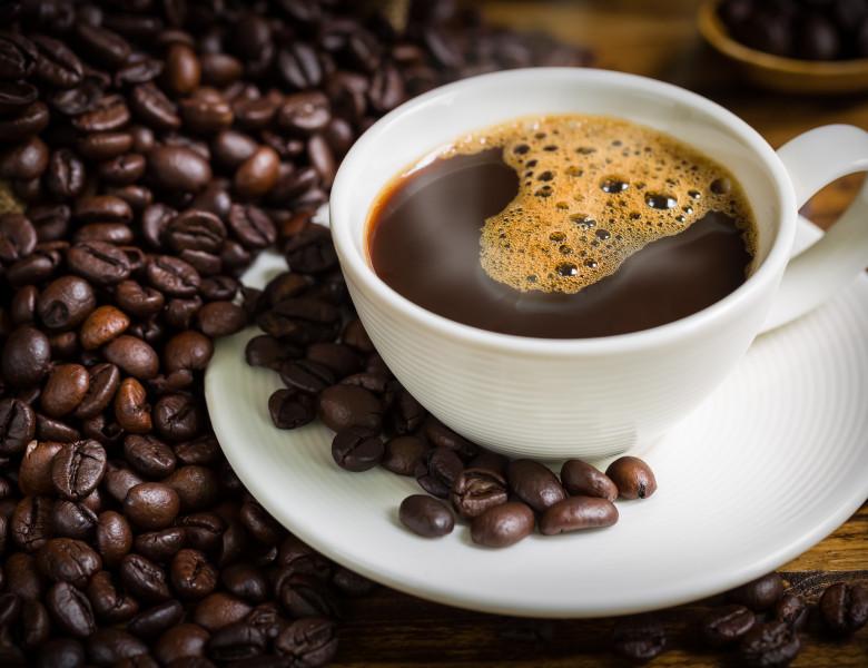 va ajuta cafeaua să ardă grăsimea)