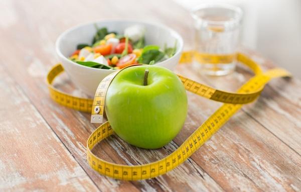 Ar trebui sa numar calorii sau carbohidrati pentru a pierde in greutate?