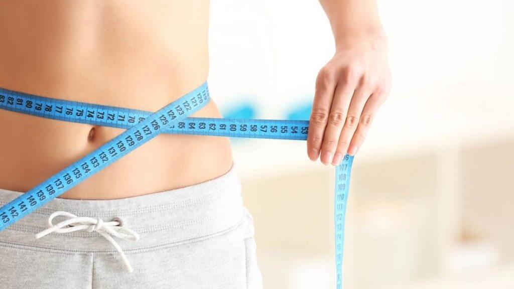 Ulei esențial pentru pierderea în greutate - mentă, lămâie, scorțișoară