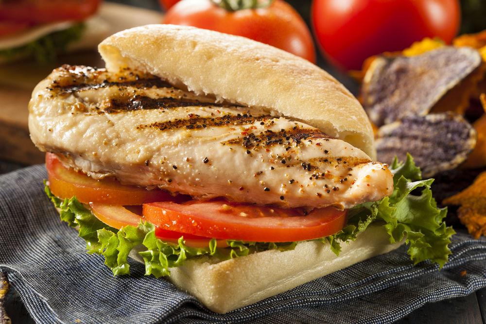 Poți să pierzi în greutate mâncând sandvișuri zilnic?