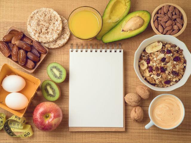 Sfaturi simple zilnice de slăbit