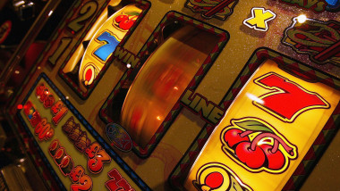 Poker Online și Jocuri De Noroc | Cazinou cu depozit de plată în România