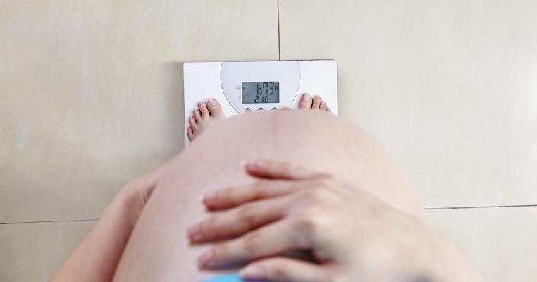 cum să ajute membrul familiei să piardă în greutate)