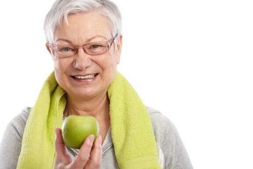 Femeia în vârstă de 43 de ani pierde în greutate)