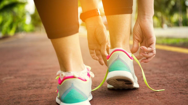 mersul te face să pierzi în greutate)
