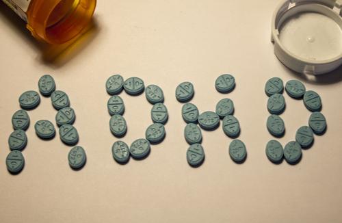 Ecstasy (MDMA) | Riscuri, Efecte, Tratament
