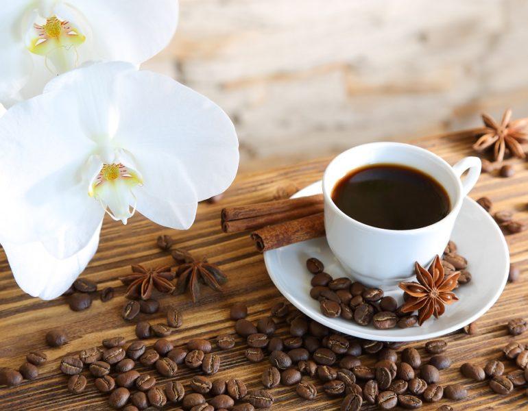 cafeaua neagră te face să pierzi grăsimea)