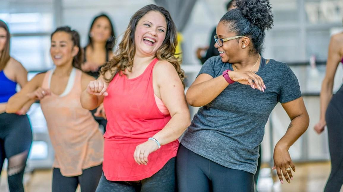 mobilizarea pierderii de grăsime pierdere în greutate fundal alb