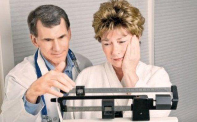 50 de ani pierdere în greutate a femeii Pooping ajuta la pierderea in greutate