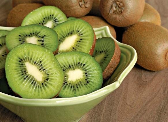 Este posibil pentru a pierde in greutate, daca mananci kiwi