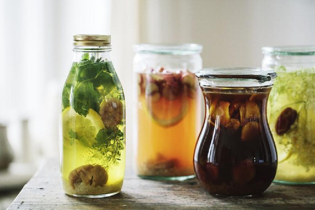 Ceaiul de Kombucha - indicatii si contraindicatii | Cold cures, Tea cups, Tea