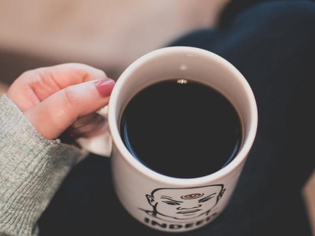 Dieta cu cafea: cum funcţionează şi cât este de periculoasă