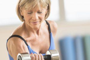 Cele mai bune 20 de moduri de a pierde greutatea după 50 de ani