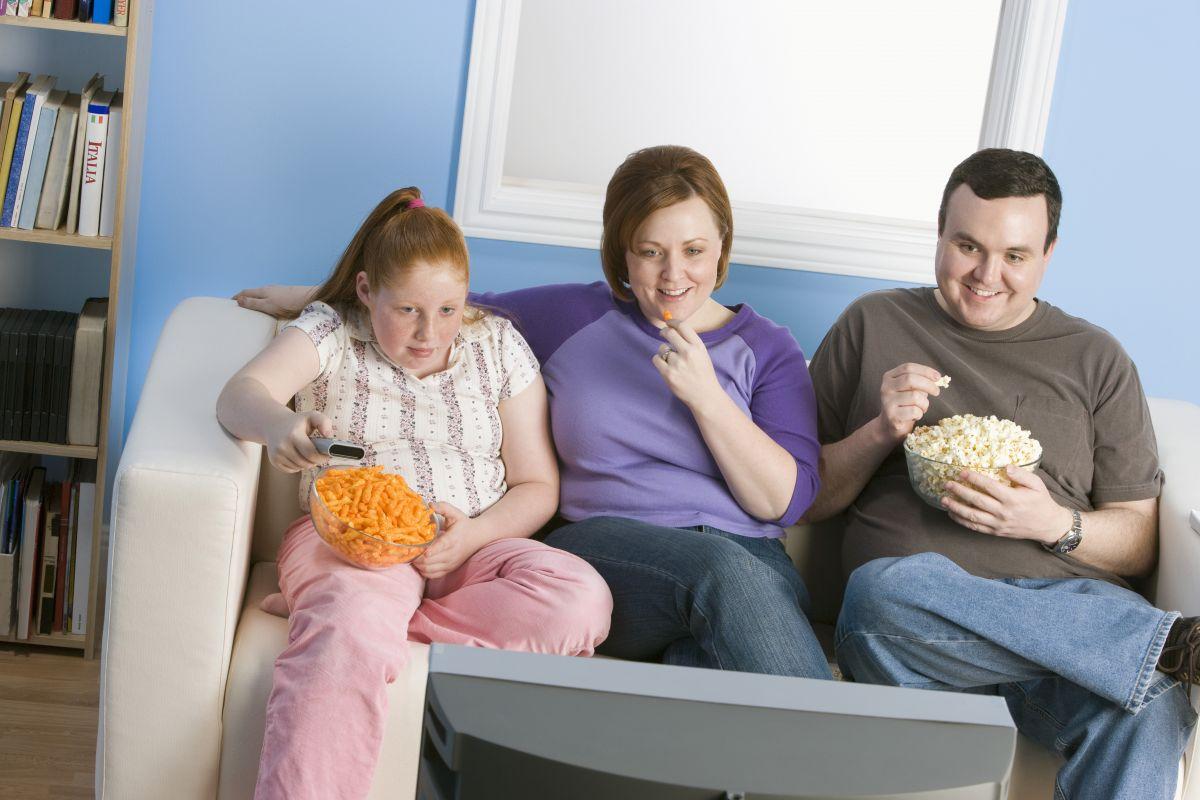 cum să vă ajutați familia să slăbească