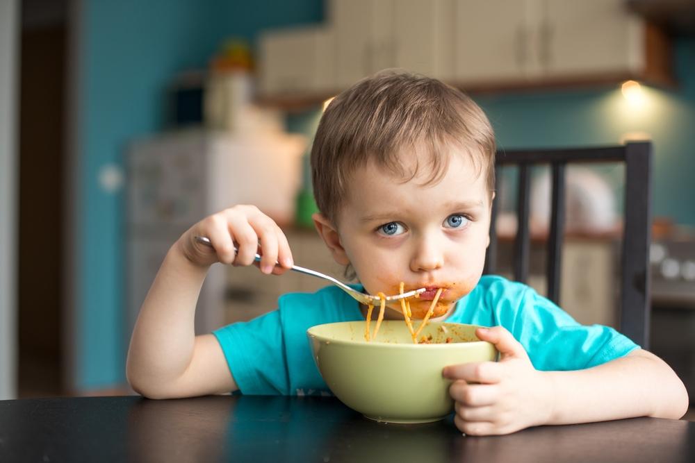 Ce trebuie să faci când ai un copil supraponderal? Patru pași de urmat