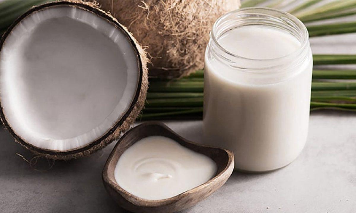 Regimul cu apă de cocos grăbeşte metabolismul şi stimulează arderea grăsimilor