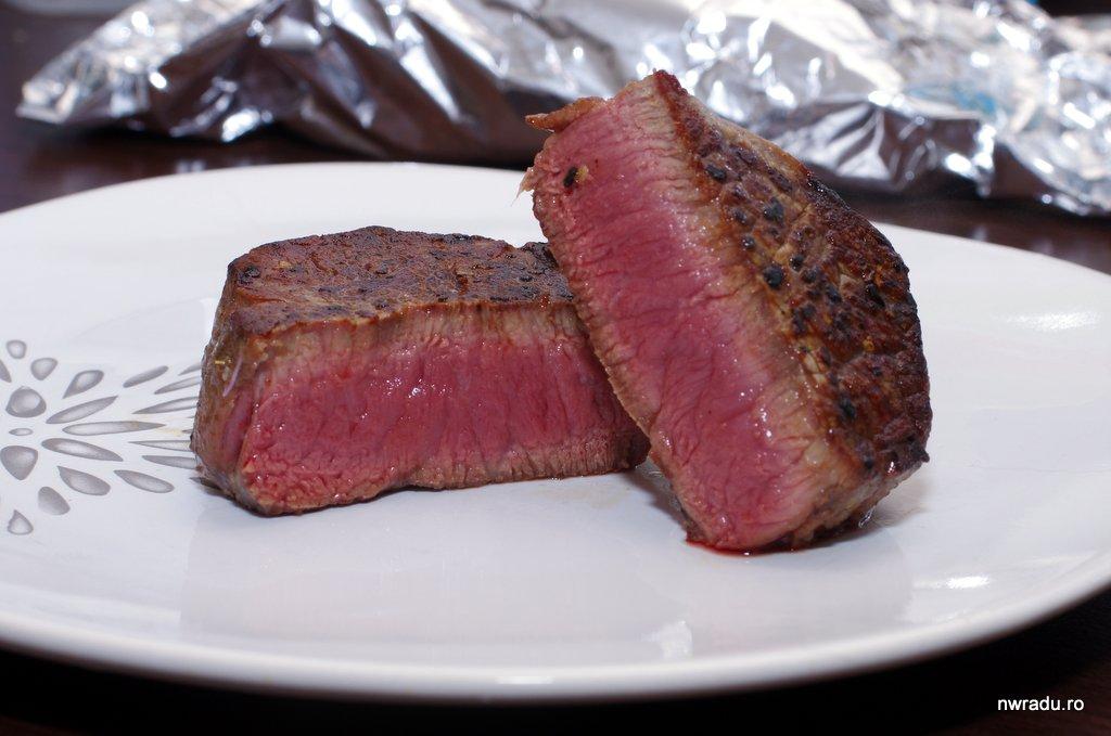 îndepărtați carnea măcinată de vită