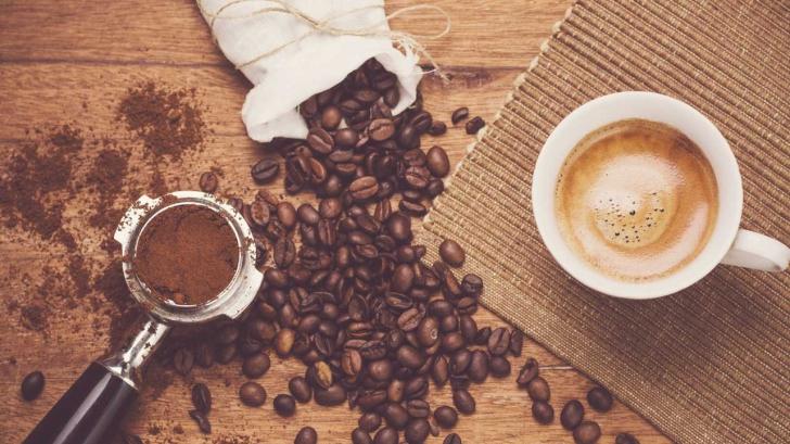 slăbește cu o cafea neagră
