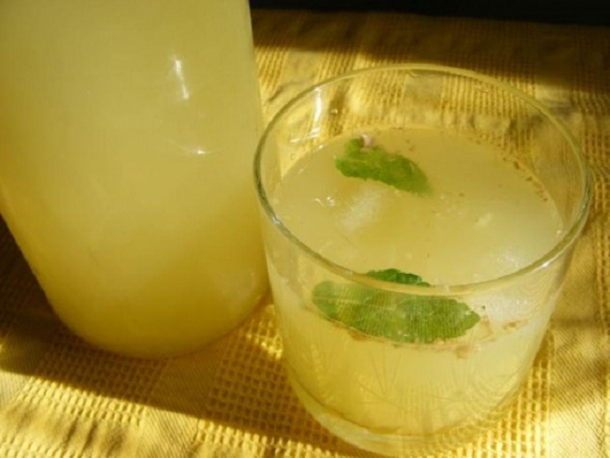 Băutura din 3 ingrediente care te ajută să slăbeşti rapid
