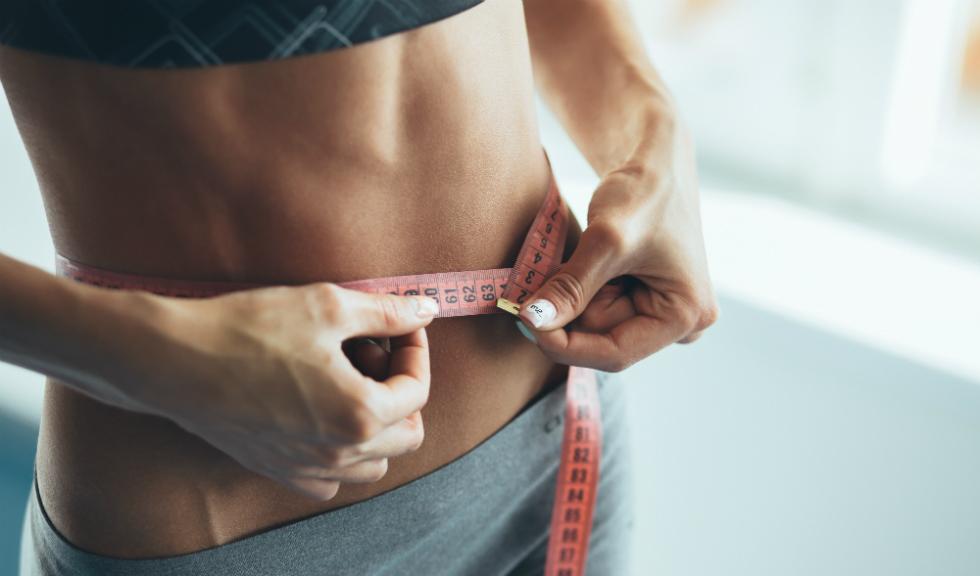 pierzi mai mult în greutate stând)