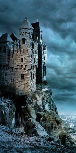 Cum au fost construite castele în Evul Mediu. Principalele elemente ale unui castel medieval